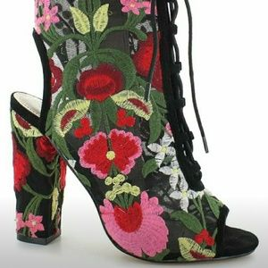 Floral print lace up ankle boots